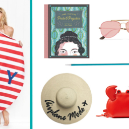 Beach Bag Essentials | Cartageous.com/Blog